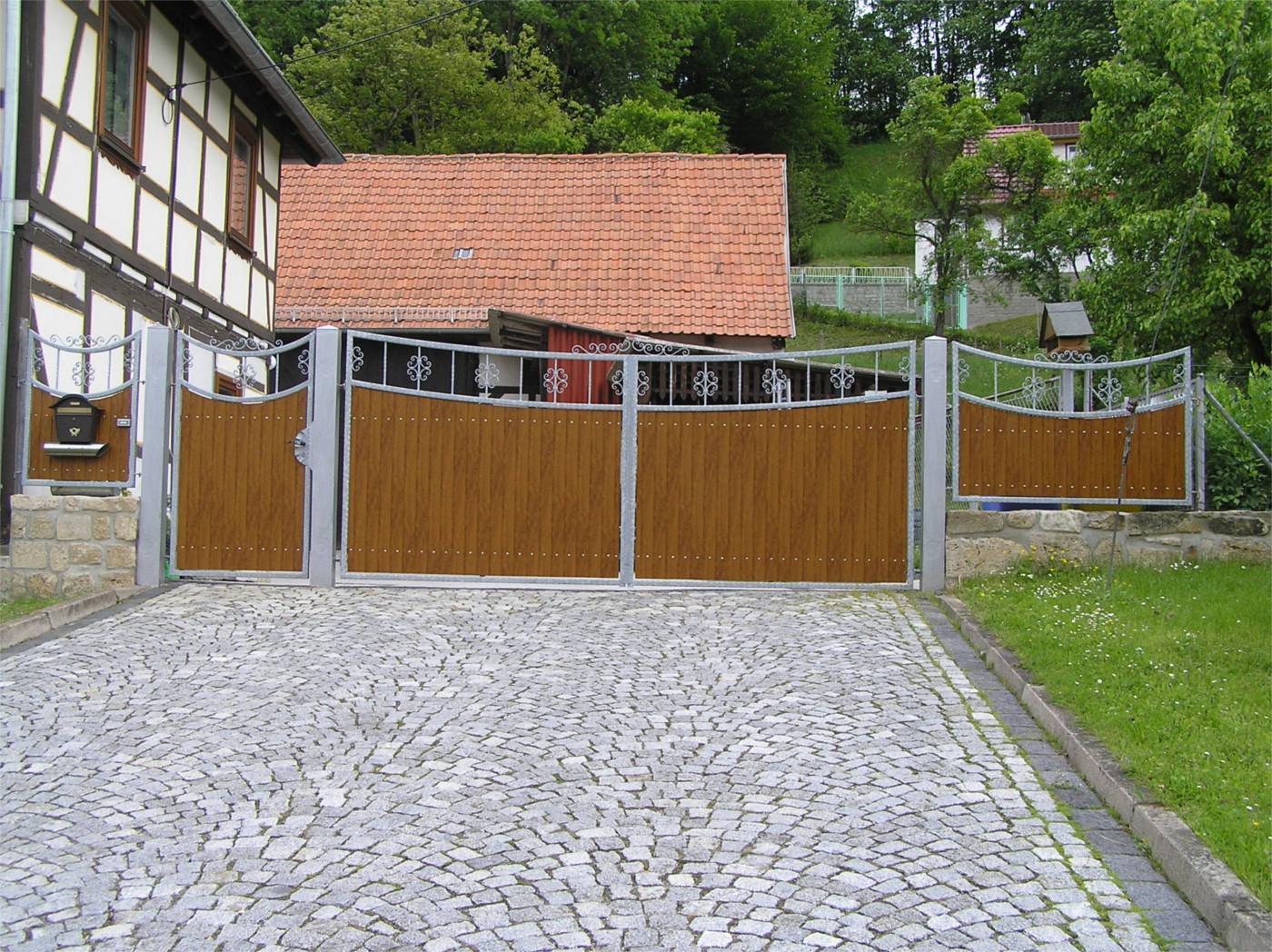 Tore Zäune und Gitter Bauschlosserei Wilfried Hartleb